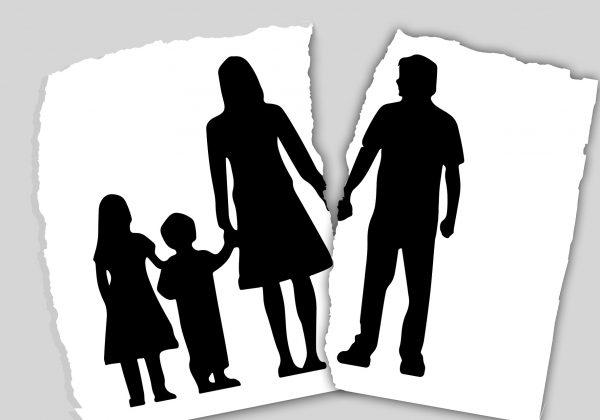 לקראת גירושים? כך תעזרו לילדים להתמודד